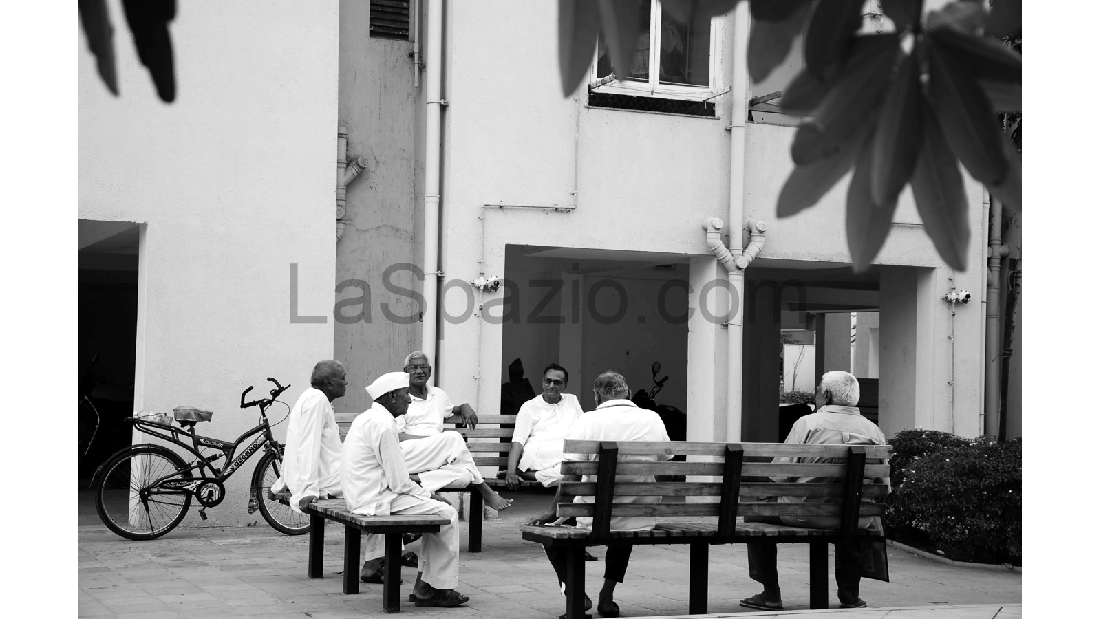 Laspazio Courtyard Sit Outs
